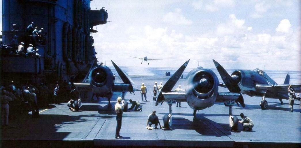F6F_03_-3s_on_USS_Saratoga_CV-3